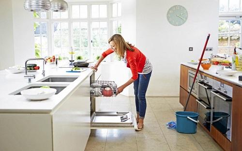 نظافت منزل و خانه تکانی
